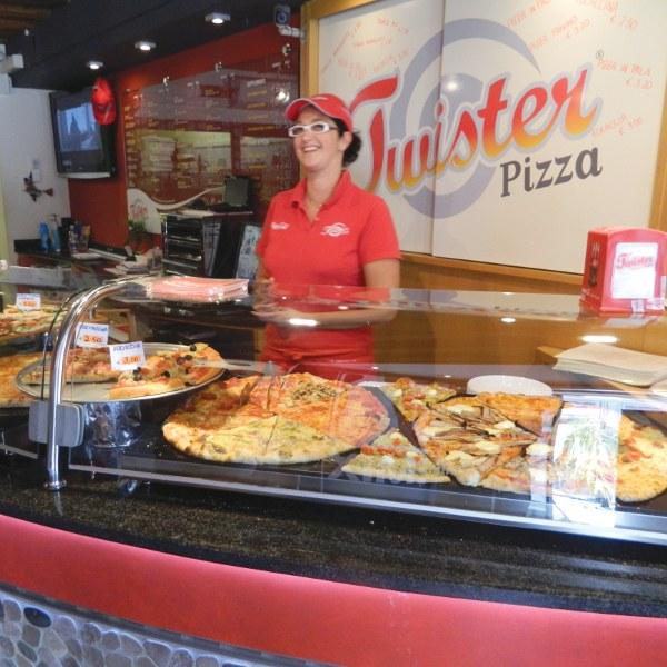 pizzeria twister